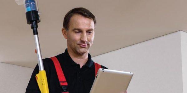 Wartung einer Hekatron Brandmeldeanlage nach DIN 14675